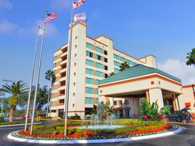 Ramada Gateway Resort Kissimmee 400x300