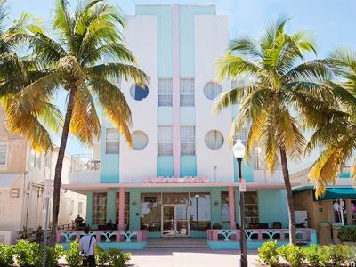Ocean Surf Blue Hotel 400x300